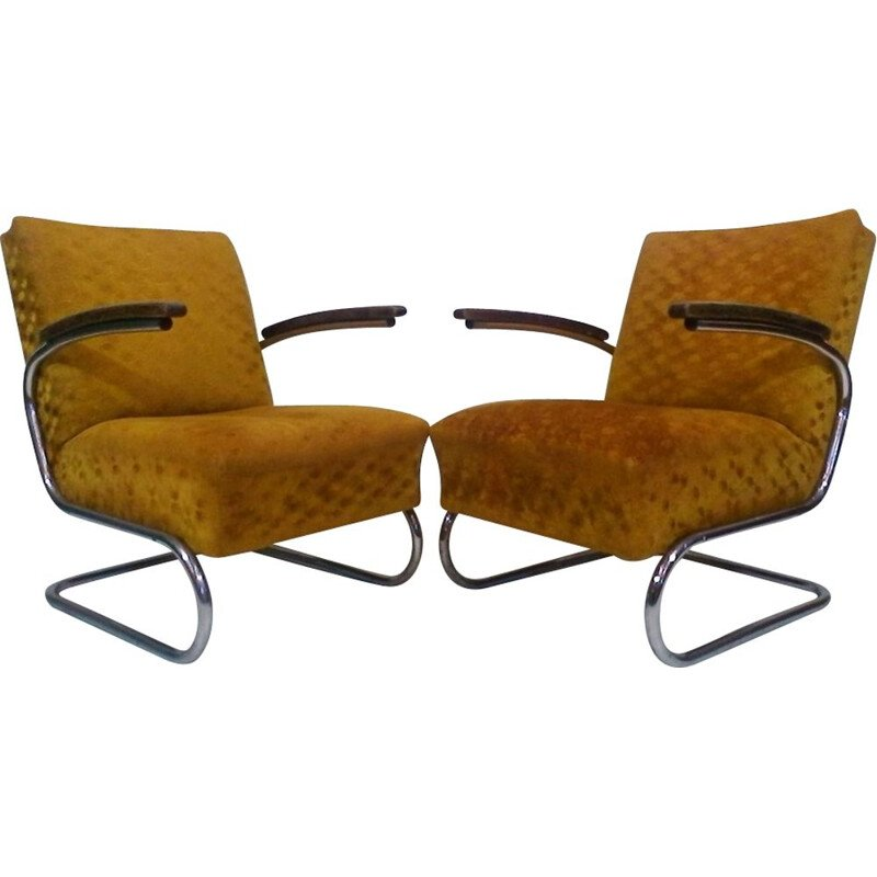 Set of 2 vintage armchairs by Jindřich Halabal