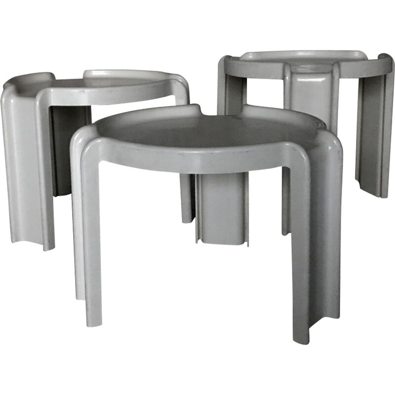 Set of 3 vintage nesting coffee tables by Giotto Stoppino for Kartell