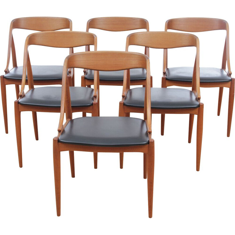 Set of 6 dining chairs in teak by Johannes Andersen