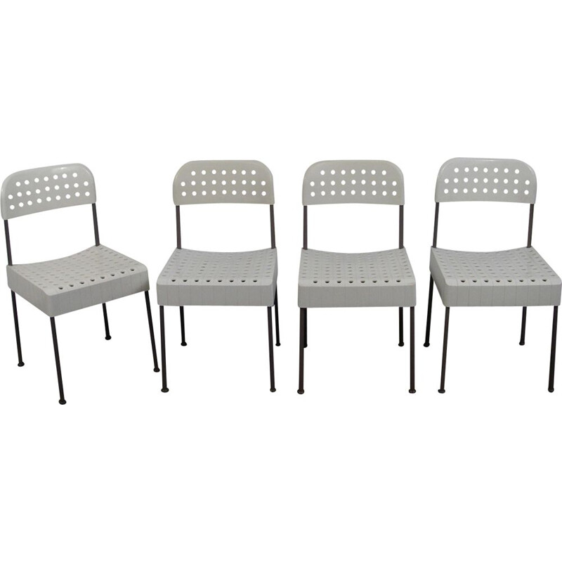 Set of 4 vintage chairs The Box