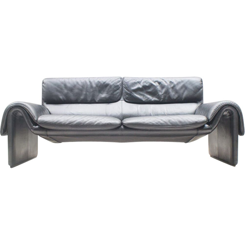 Vintage black leather DS 2011 2-seater sofa from De Sede