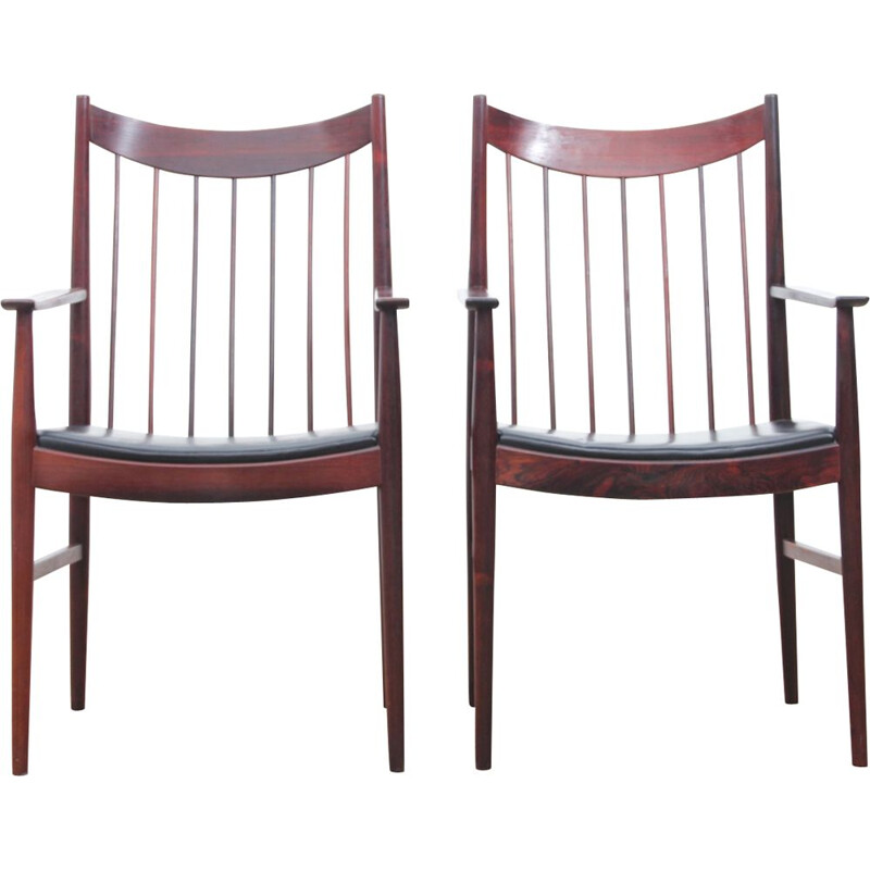 Set of 2 vintage chairs Scandinavian in rosewood