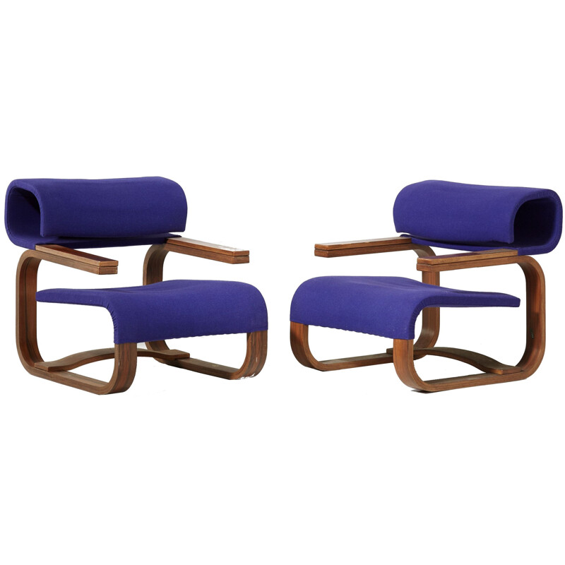 Set of 2 Scandinavian purple chairs by Jan Bocan for Thonet