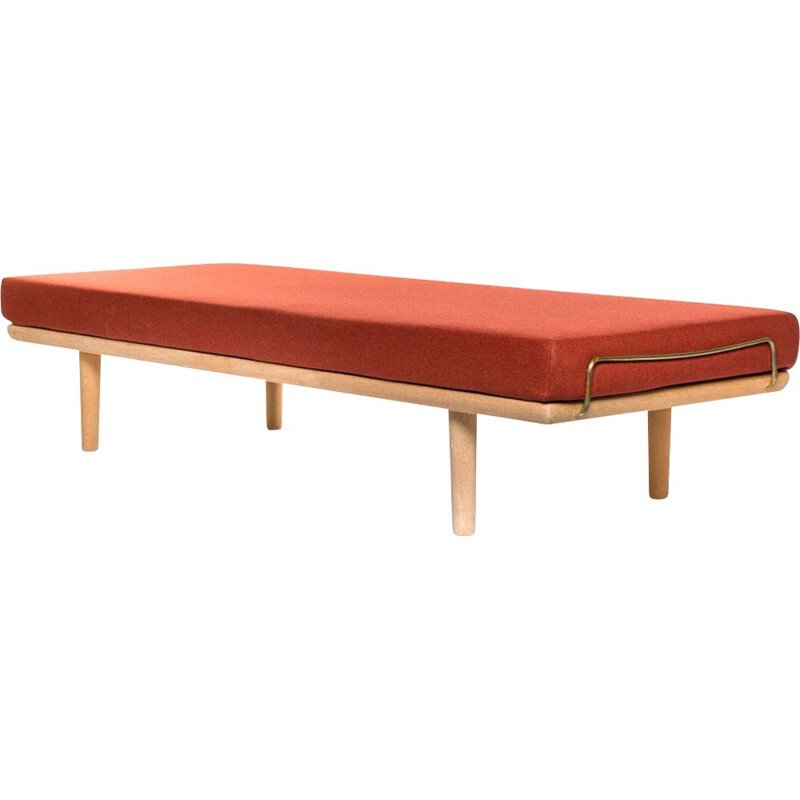 Red daybed in light oak by Hans Wegner