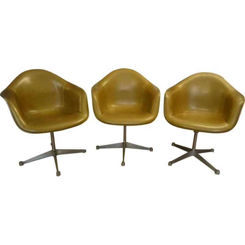 Set of 3 vintage swivel chairs by Eames