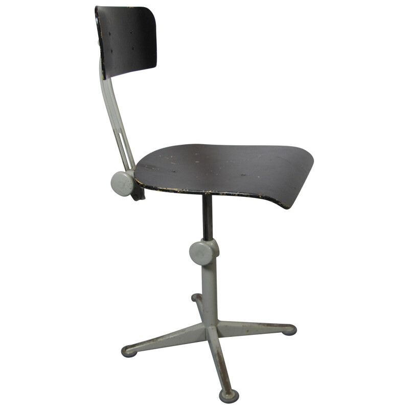 Industrial office chair in steel and black plywood, Friso KRAMER - 1960s