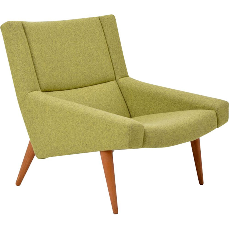 Vintage green Danish lounge chair model 50 by Illum Wikkelso for Soeren Willadsen