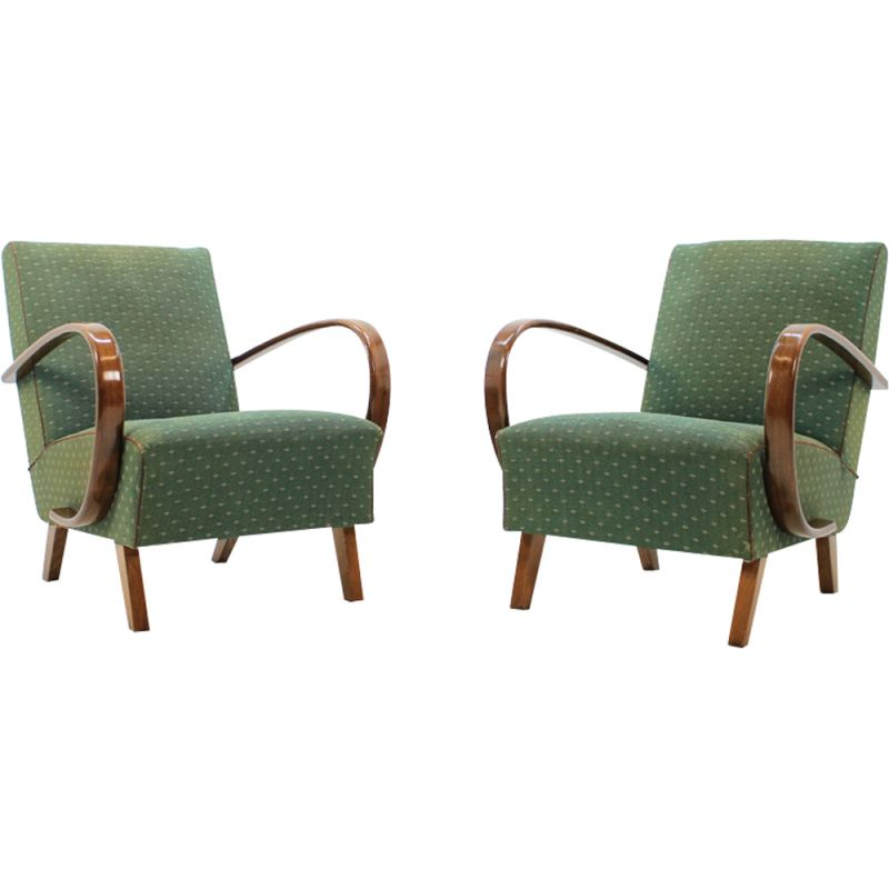 Set of 2 vintage armchairs by Jindřich Halabala in oakwood and green fabric