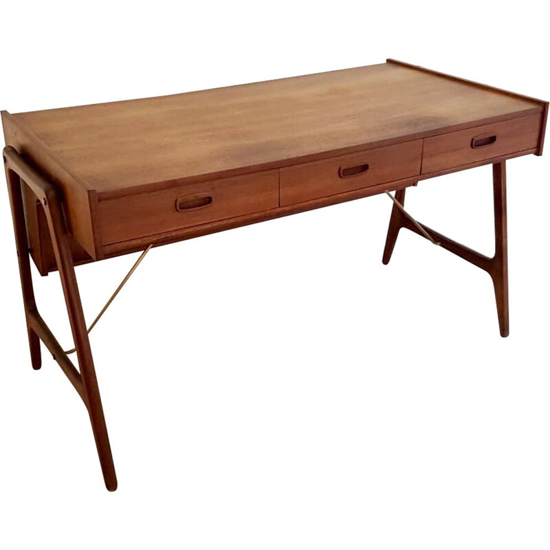 Vintage desk in teak by Arne Wahl Iversen