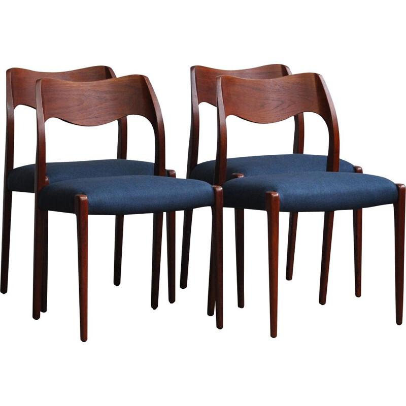 Set of 4 vintage danish 71 chairs for J.L. Møllers in rosewood 1950