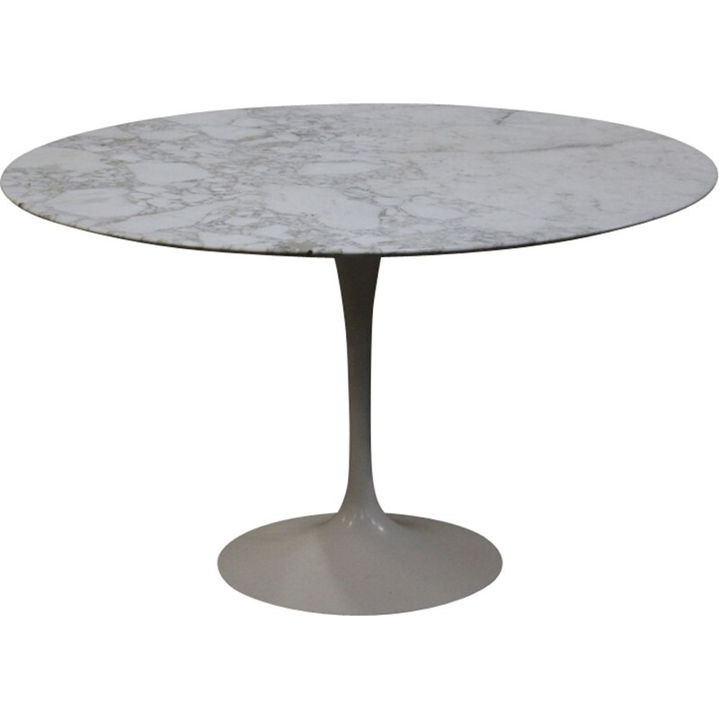 Vintage Tulip table by Saarinen for Knoll in white marble