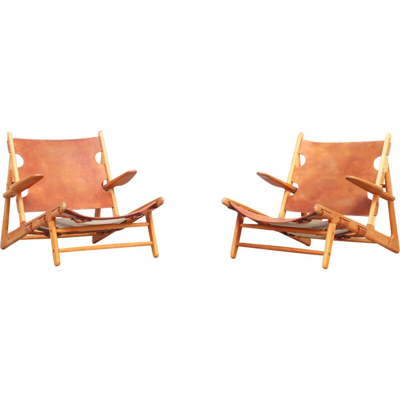 Pair of vintage Hunting Lounge Chairs by Børge Mogensen for Fredericia