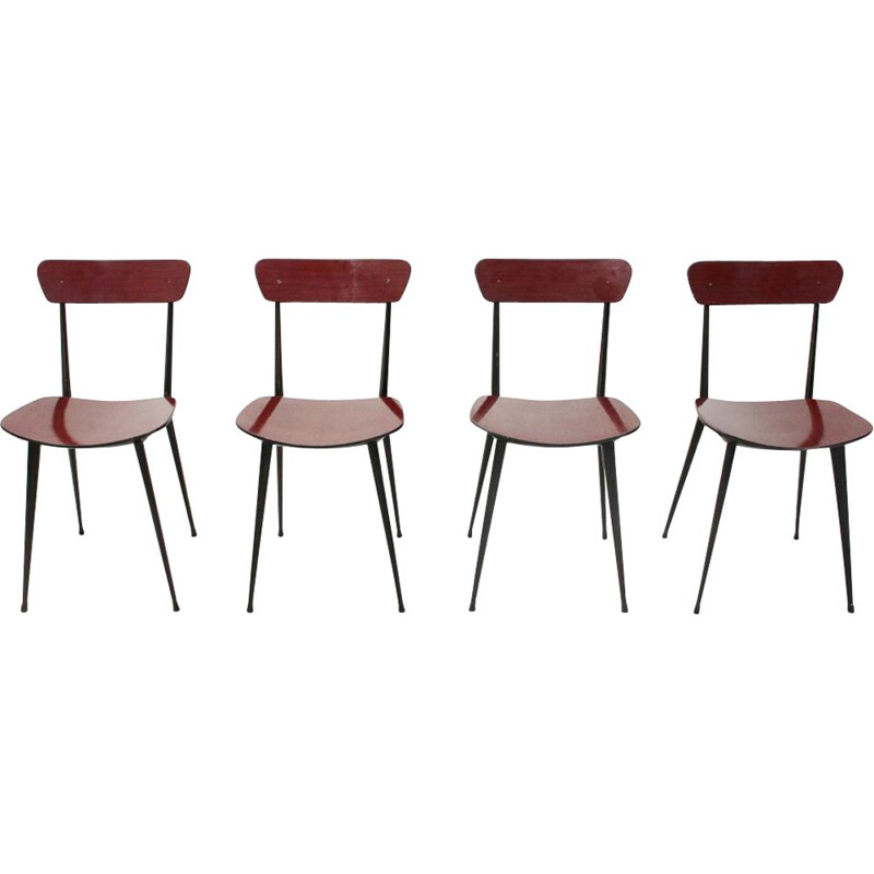 Set of 4 Italian red chairs in metal