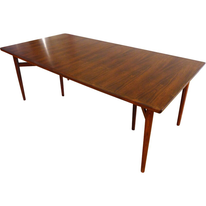 Vintage extendable table in rosewood by Arne Vodder