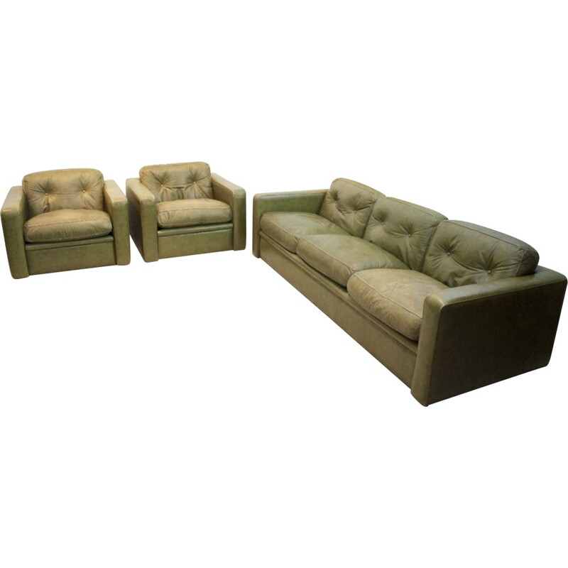 Vintage seating group by Poltrona Frau in Olive green leather 1970