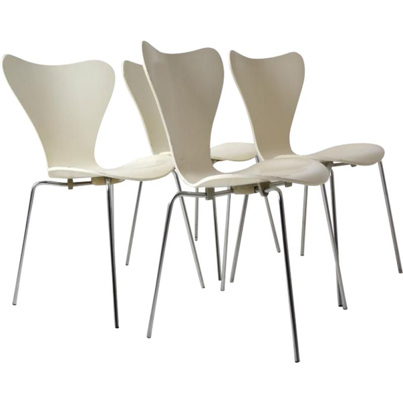 Set of 4 vintage white 7 chairs vintage for Friz Hansen in wood