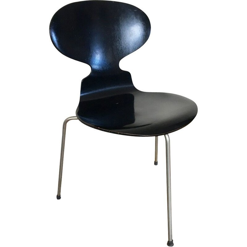 Vintage black metal tripod Fourmi chair for Fritz Hansen