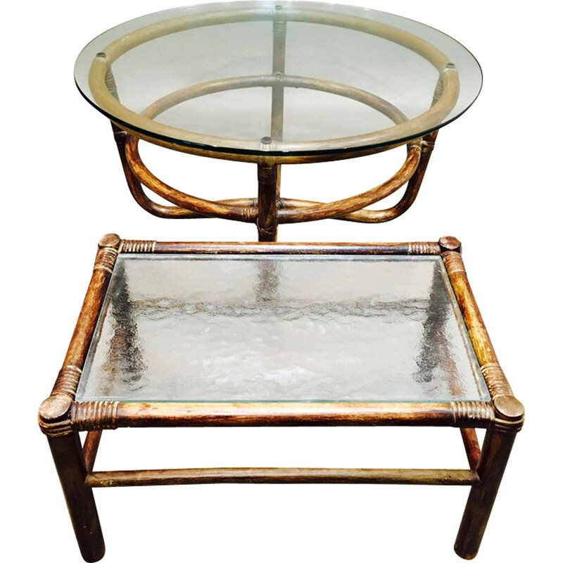 Set of 2 vintage coffee tables in glass and rattan