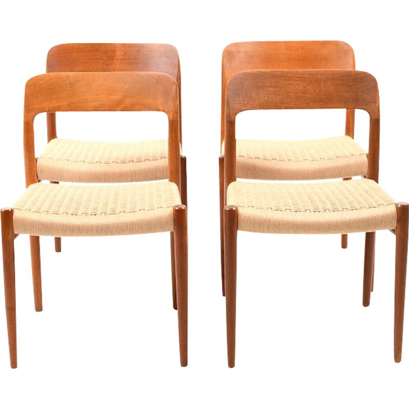 Set of 4 dining chairs in teak by Niels O. Moller