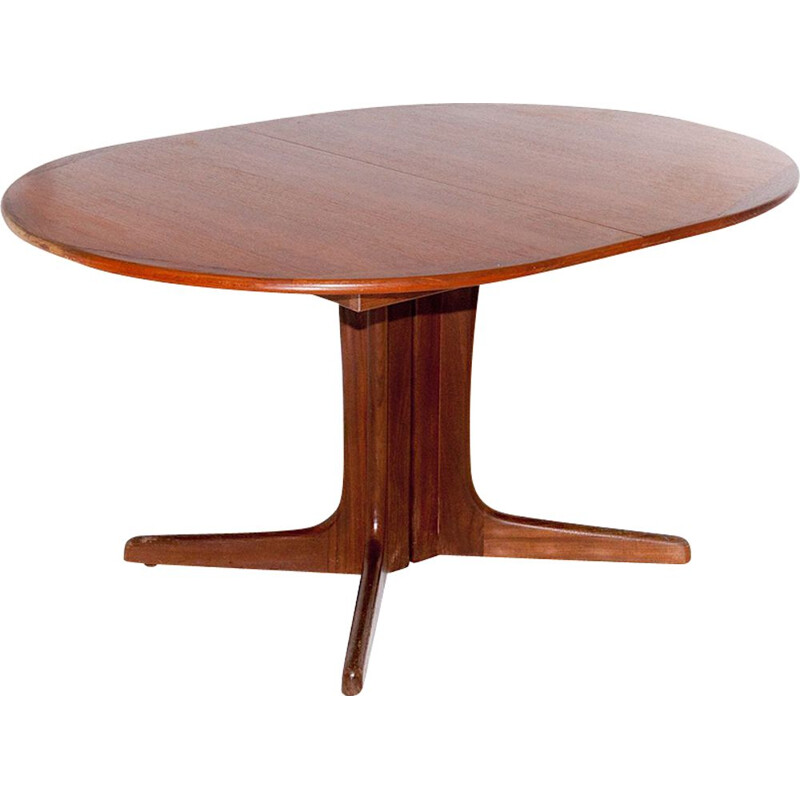 Danish table in teak by Niels O. Moller