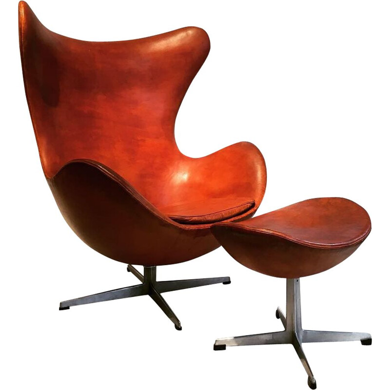 Vintage Egg chair by Arne Jacobsen Fritz Hansen
