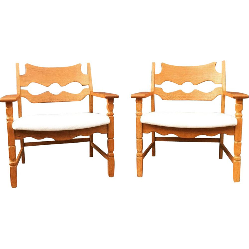 "Pair of ""Razor blade"" chairs by Henning Kjaernulf made of alpaca velvet"