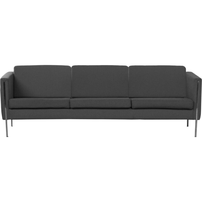 Vintage 442 sofa by Pierre Paulin for Artifort in wood and iron