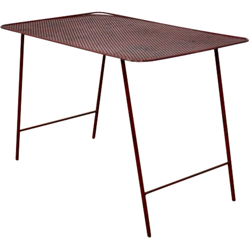 Red side table in metal
