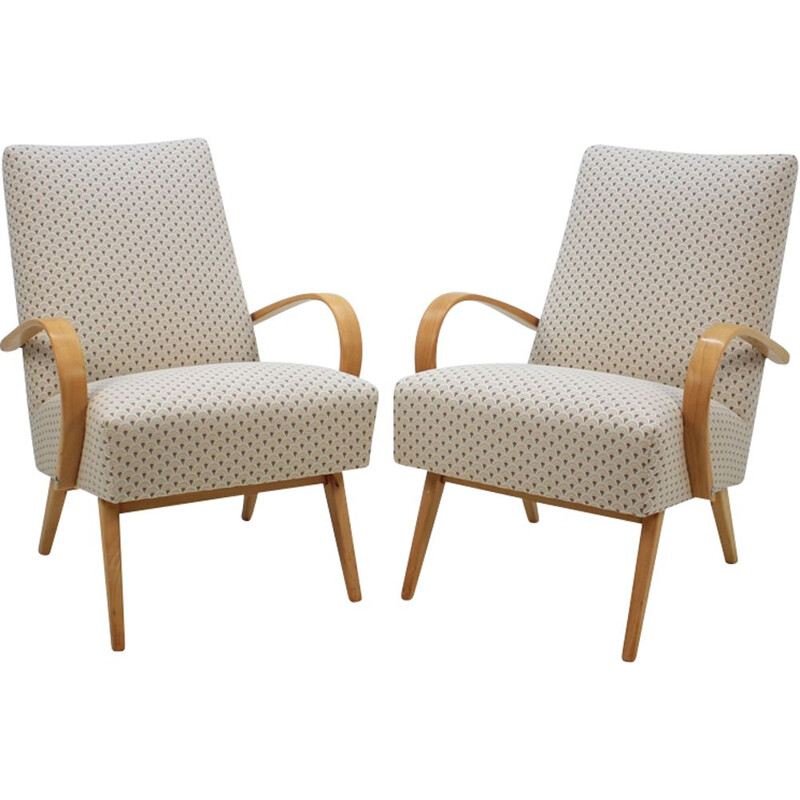 Set of 2 armchairs by Jindřich Halabala