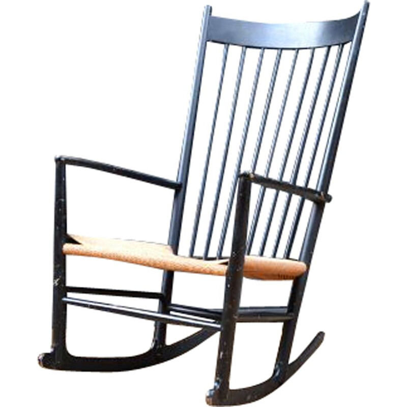 Vintage black J16 rocking chair by Hans Wegner en beechwood and rope