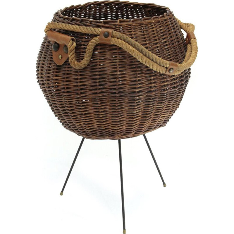Vintage Italian wicker basket with rope handle 1950s