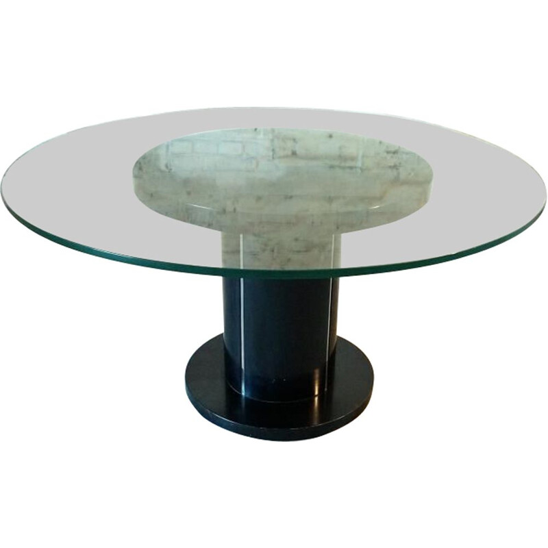 Vintage round table 1970