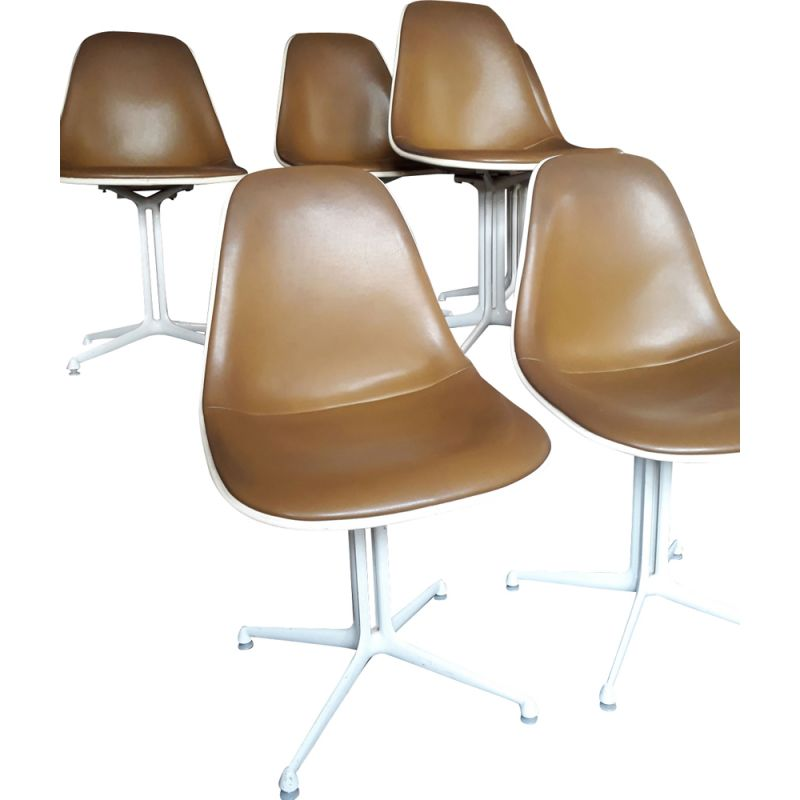 Set of 6 vintage chairs for Mobilier International in khaki leatherette