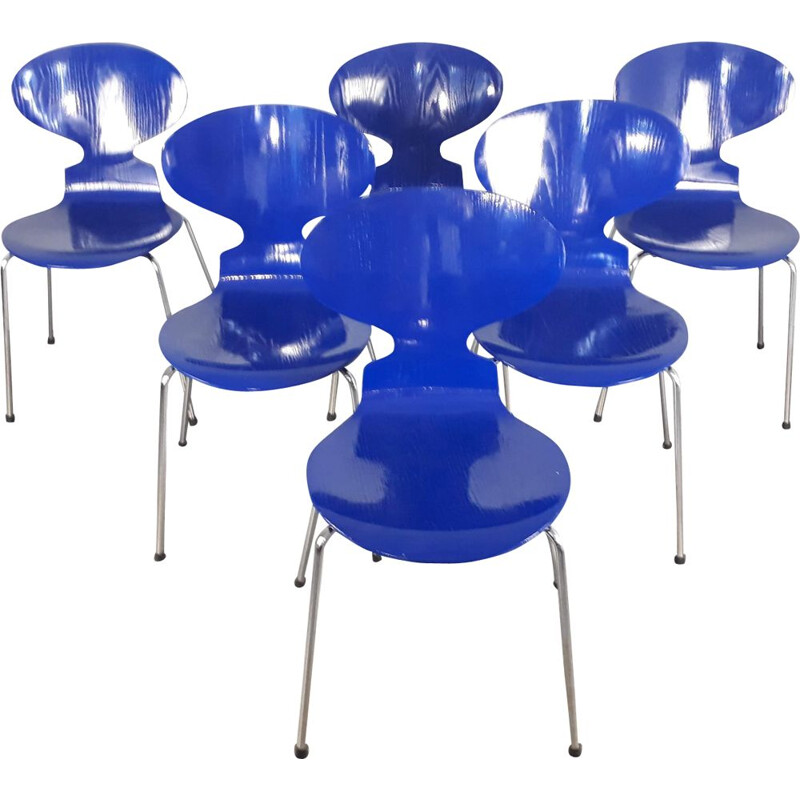 Set of 6 vintage blue Fourmi 3101 chairs for Fritz Hansen