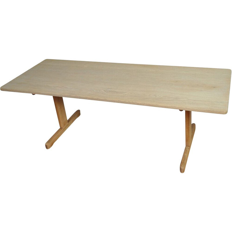 Vintage coffee table model 269 in solid oak for Fredericia 1960