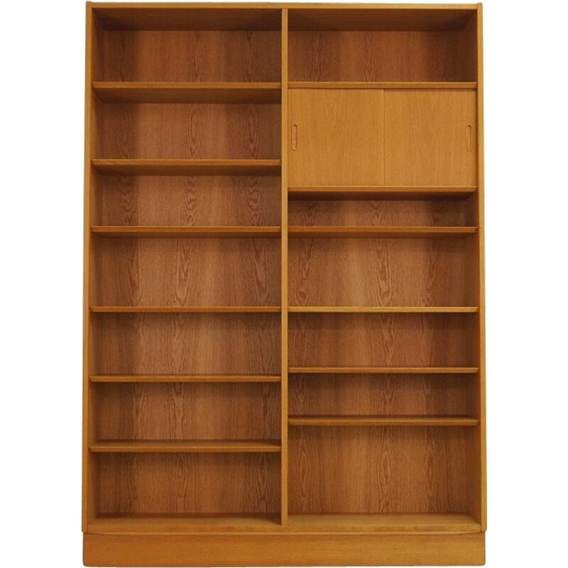 Vintage bookcase by Poul Hundevad in ash