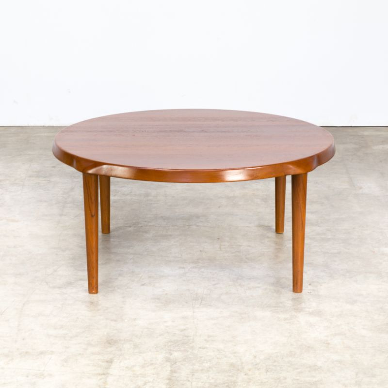 Vintage scandinavian teak round coffee table for Mikael ...