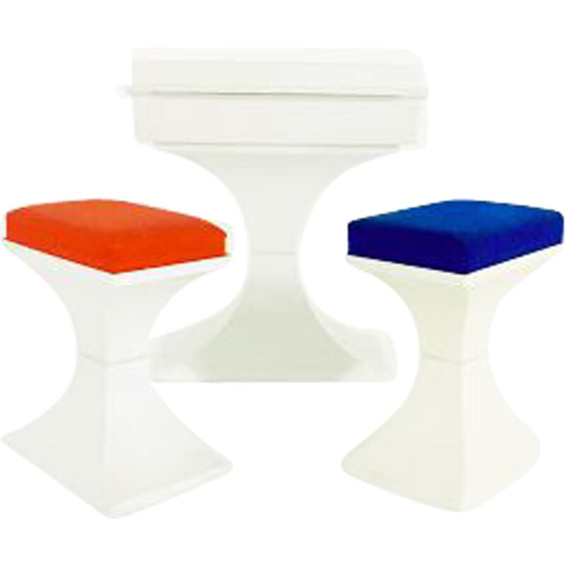 Vintage plastic dressing table PRISUNIC with stools