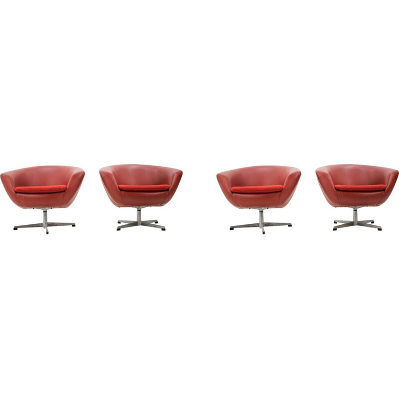 4 vintage swiveling club chairs by Miroslav Navratil, 1970