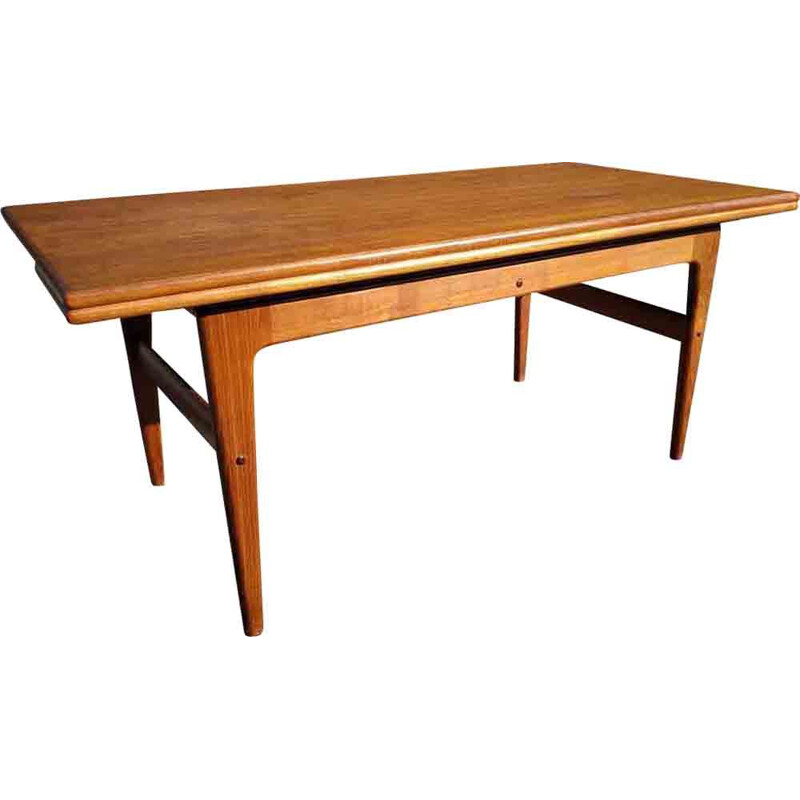 Scandinavian table in teak by Kai Kristiansen