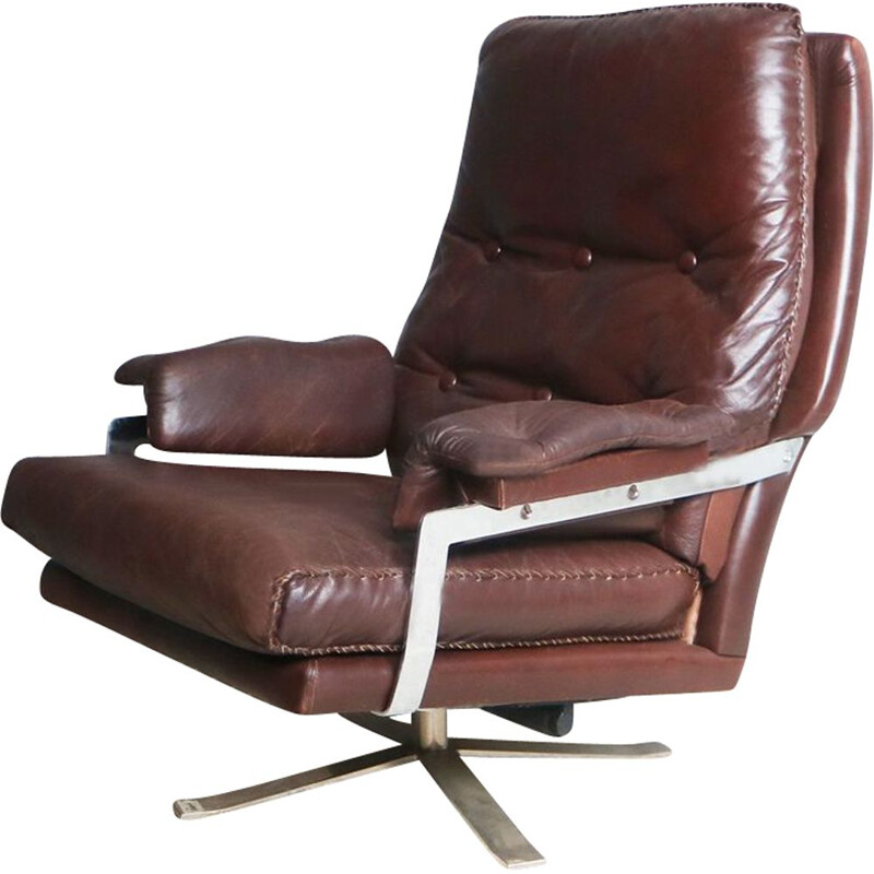 Vintage brown leather armchair by Arne Norell