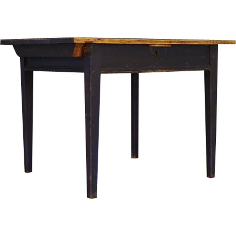 Danish dining table with blue top