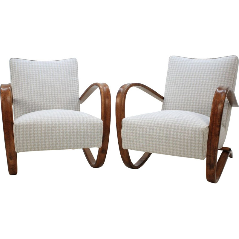 Pair of H-269 armchairs by Jindrich Halabala
