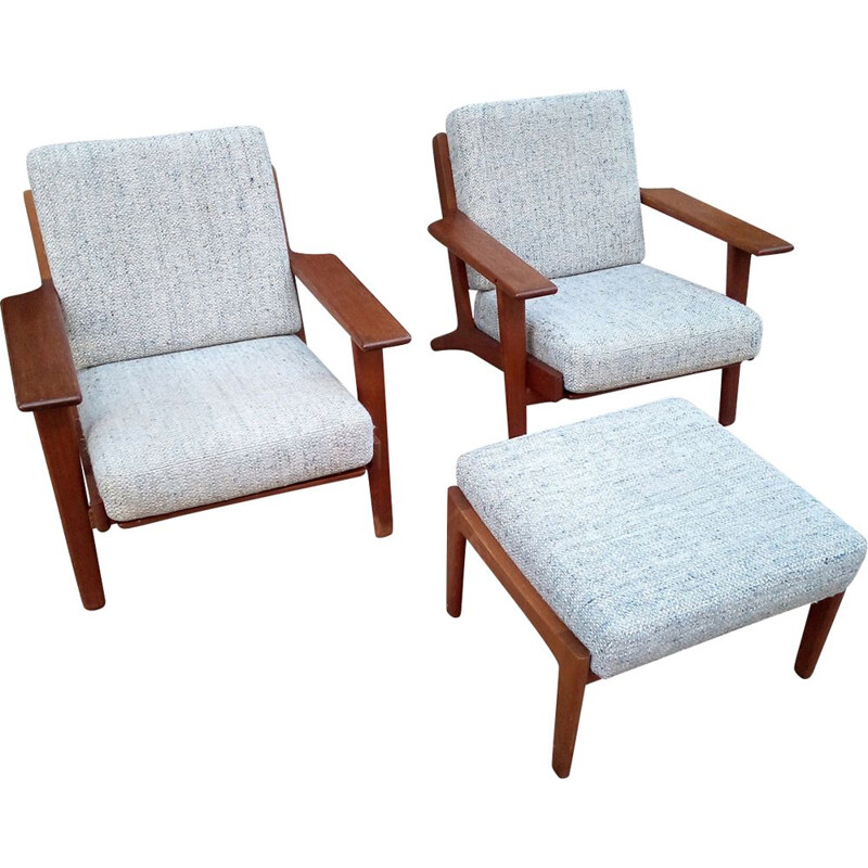 Set of 2 vintage armchairs modell 290 by Hans Wegner Getama
