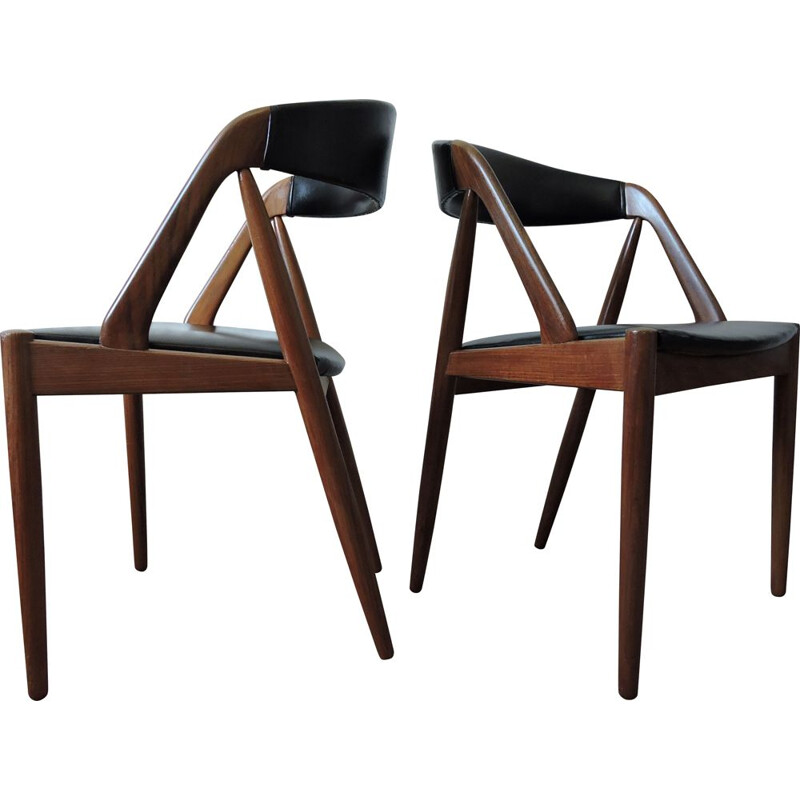 Set of 2 vintage model 31 teak chairs by Kai Kristiansen for Schou Andersen