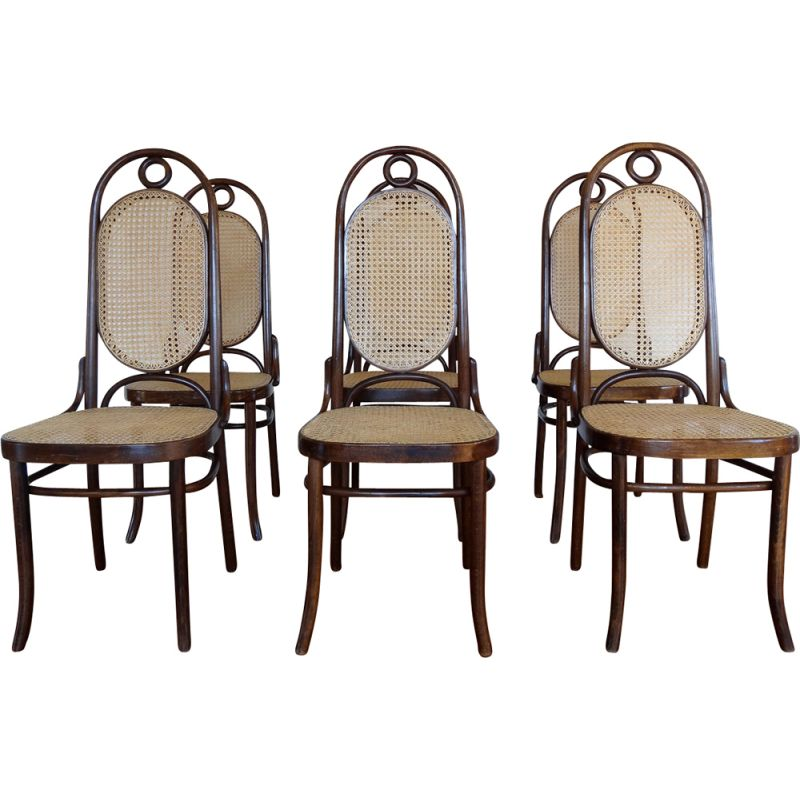 Set of 6 vintage chairs Thonet