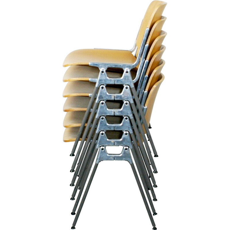 Set of 6 vintage DSC 106 chairs by Piretti in aluminium