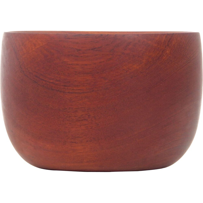 Large Scandinavian bowl in teak