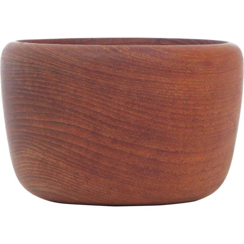 Scandinavian bowl in solid teak