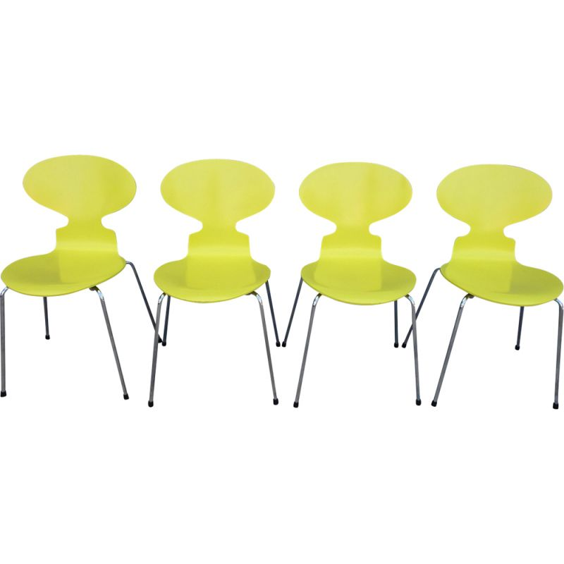 Set of 4 vintage chairs yellow ant Jacobsen for fritz hansen